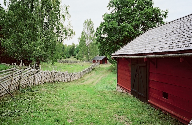 Småland, Stensjö By, Kodak Portra 160, Leica Summilux 1.4 50 asph. | © mare.photo