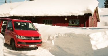 Sjusjøn, Lillehammer, VW T6 California Beach 4Motion, Kodak Ektar 160, Leica Elmarit M 2.8 28 asph. | © mare.photo